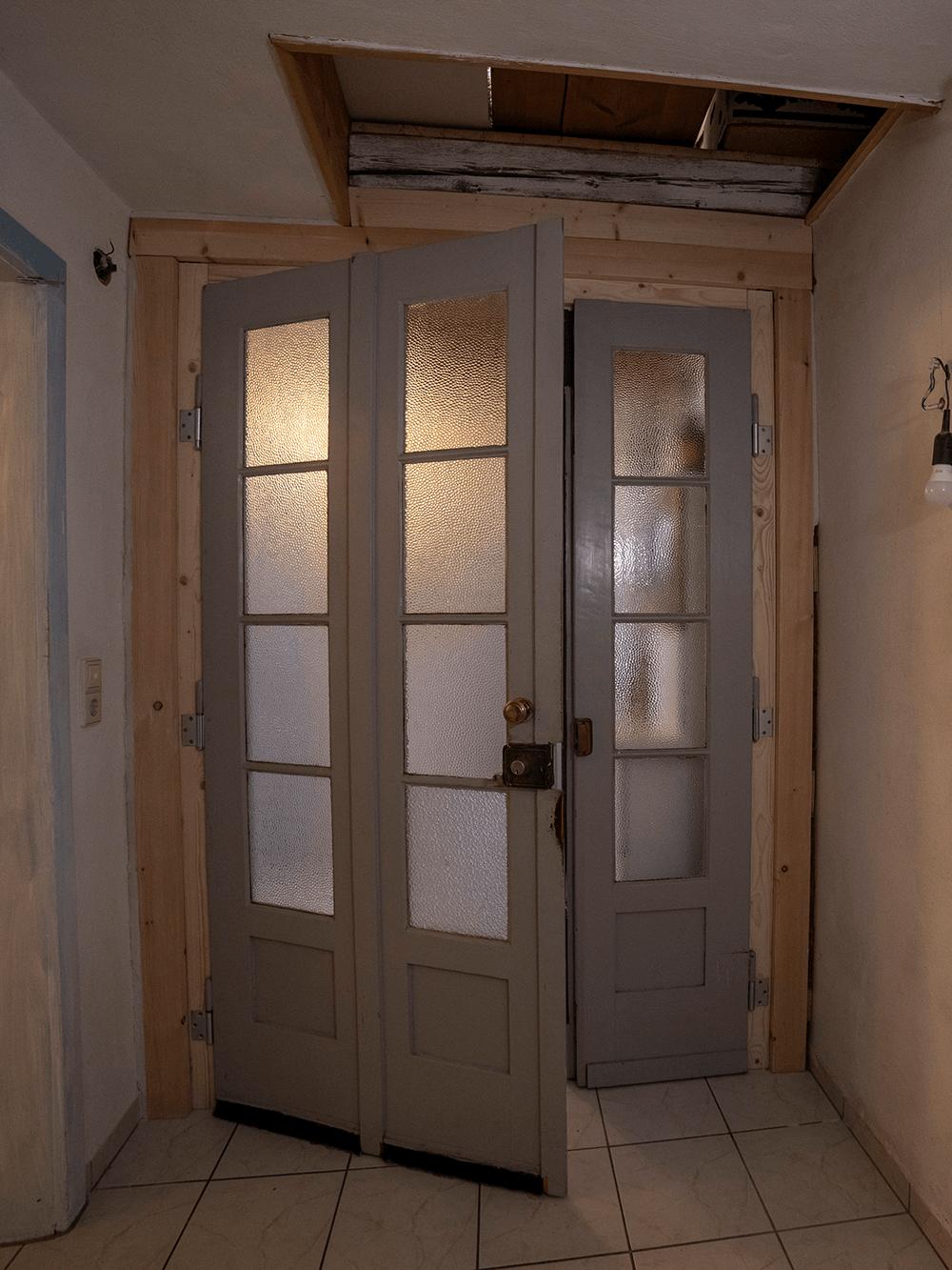 Historische Wohnungseingangstuer_nachher