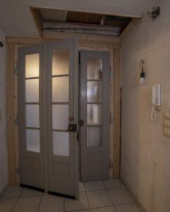 Historische Wohnungseingangstüre
