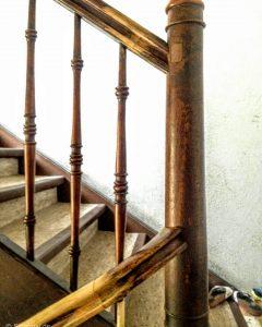 Treppenpfosten versetzen